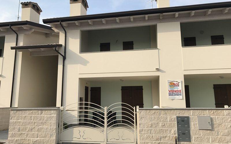 Lido di Pomposa, affitto villetta nuova con giardino privato