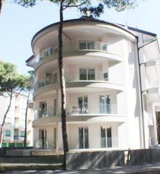 Appartamenti fronte mare nuova costruzione su due livelli