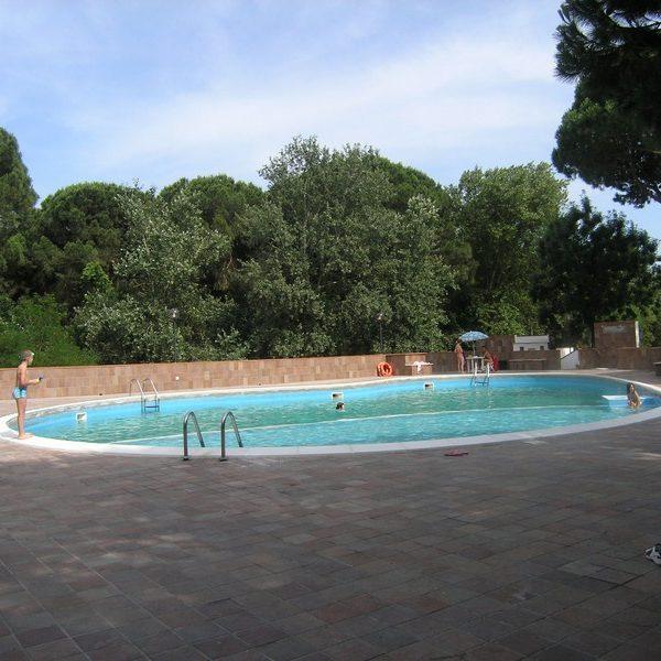 Lido di spina in residence con piscina, trilocale 6 posti letto